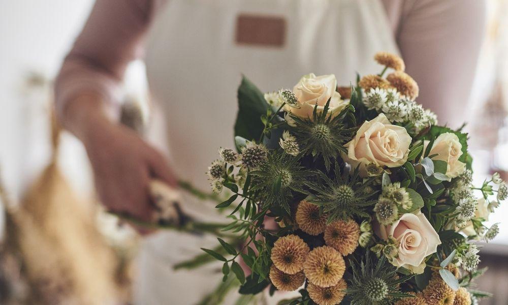 乾花、絲花和保鮮花的分別